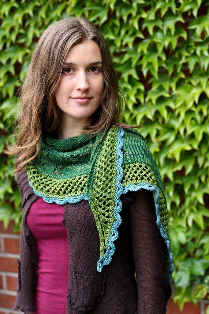 In Bloom shawl pattern