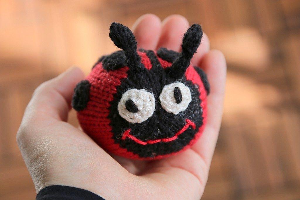 lady bug knitting pattern