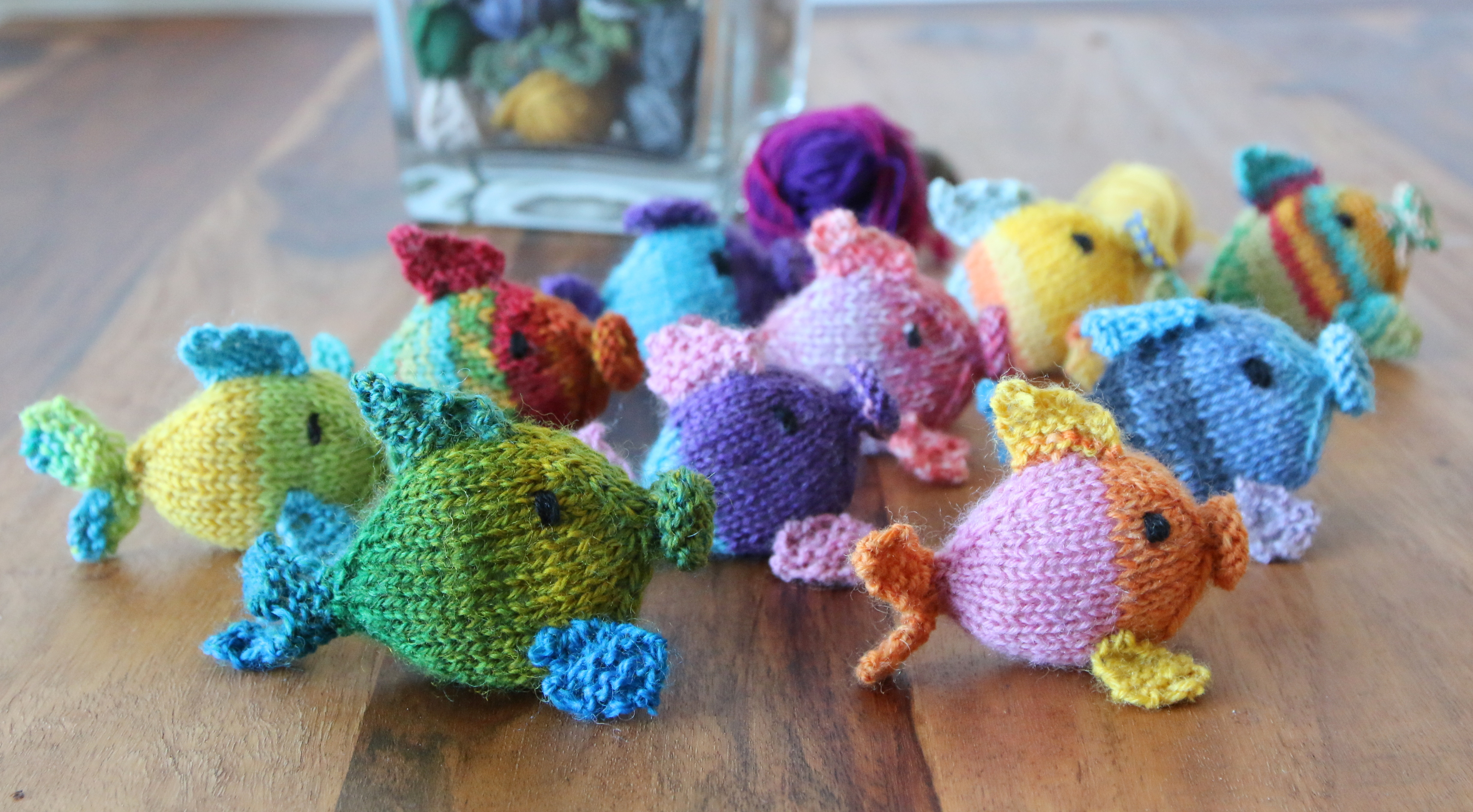 Knit Amigurumi fish pattern, ideal for your left overs