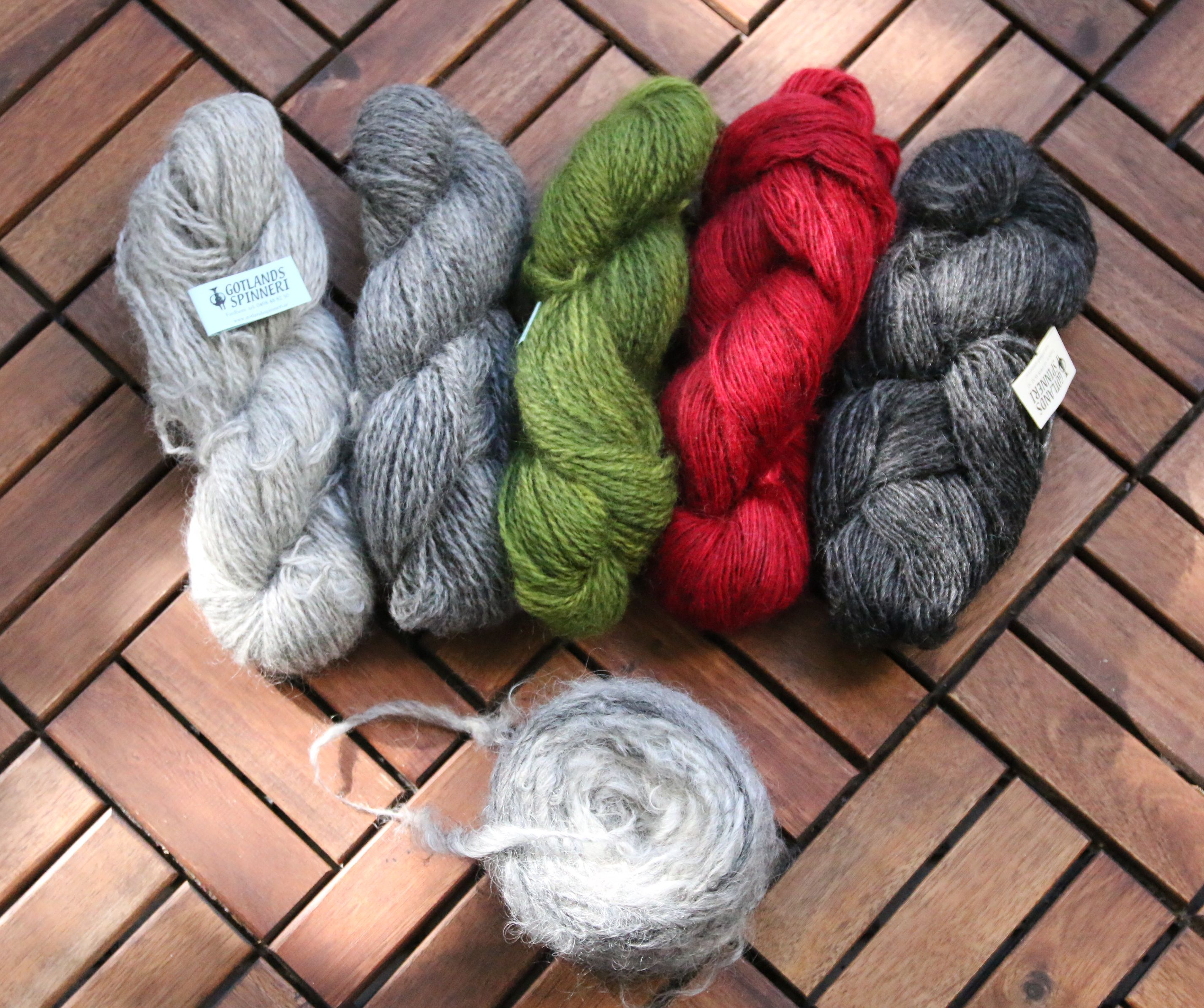 Beautiful natural wool yarns from Gotland.