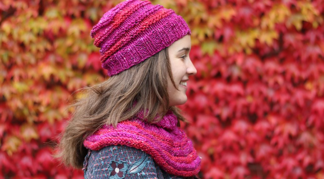 Roundabout neckwarmer knitting pattern