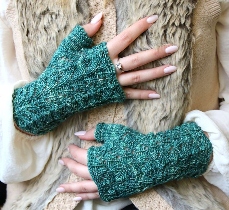 Chase the Dragon mitts