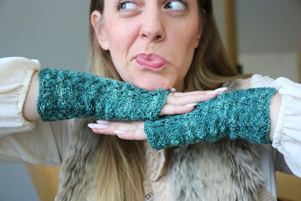 Chase the dragon knitting patterns