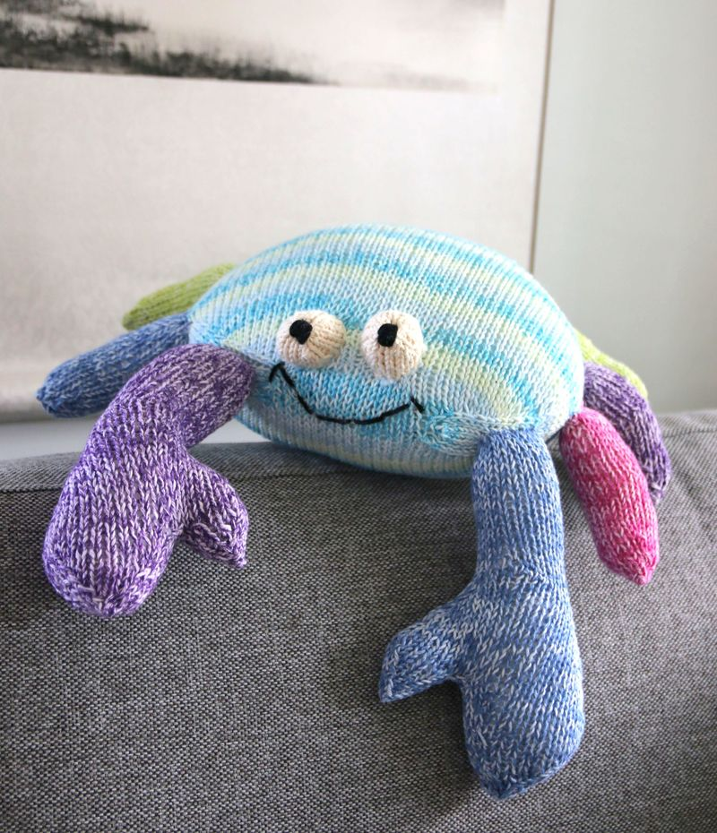 Ooh Crab! knitting pattern