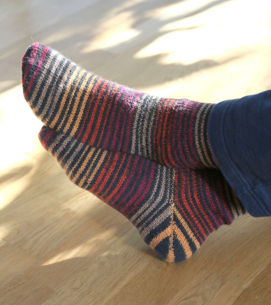 handknit socks by Mumpitz Design