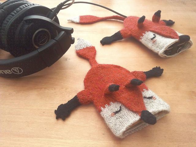 Fox San Pouch by StringAlchemist
