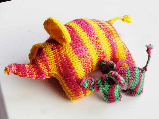Scrappyphant knitting pattern