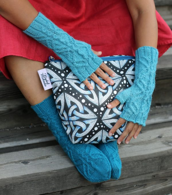 Jormungandr mitts and socks knitting pattern