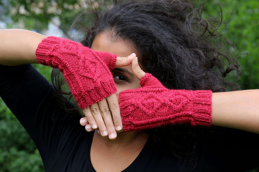 Oden's mitts knitting pattern