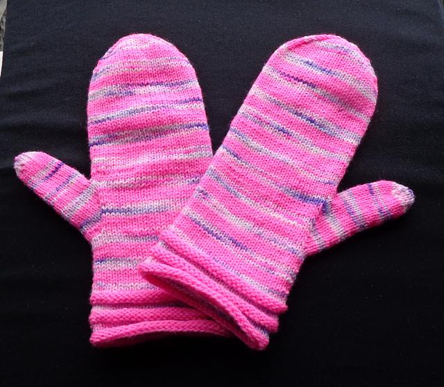 Happy Kids Mittens knitting pattern