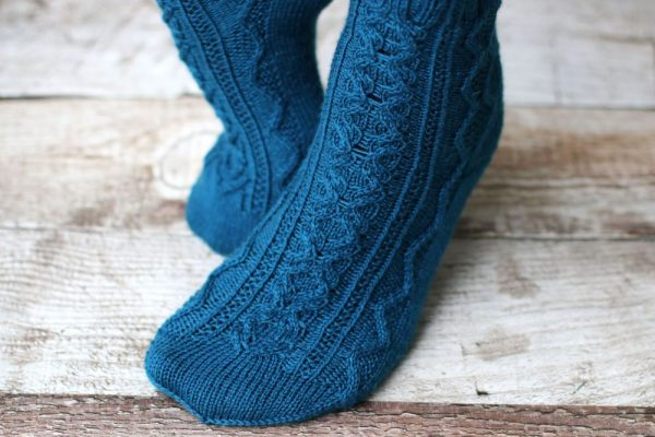 Heimdallr socks knitting pattern