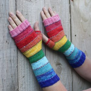 Scrappily ever after mitts by mumpitz.design