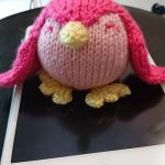 Patty the penguin knitting pattern