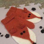 Foxy mittens knitting pattern