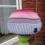 Pointy pompom hat knitting pattern